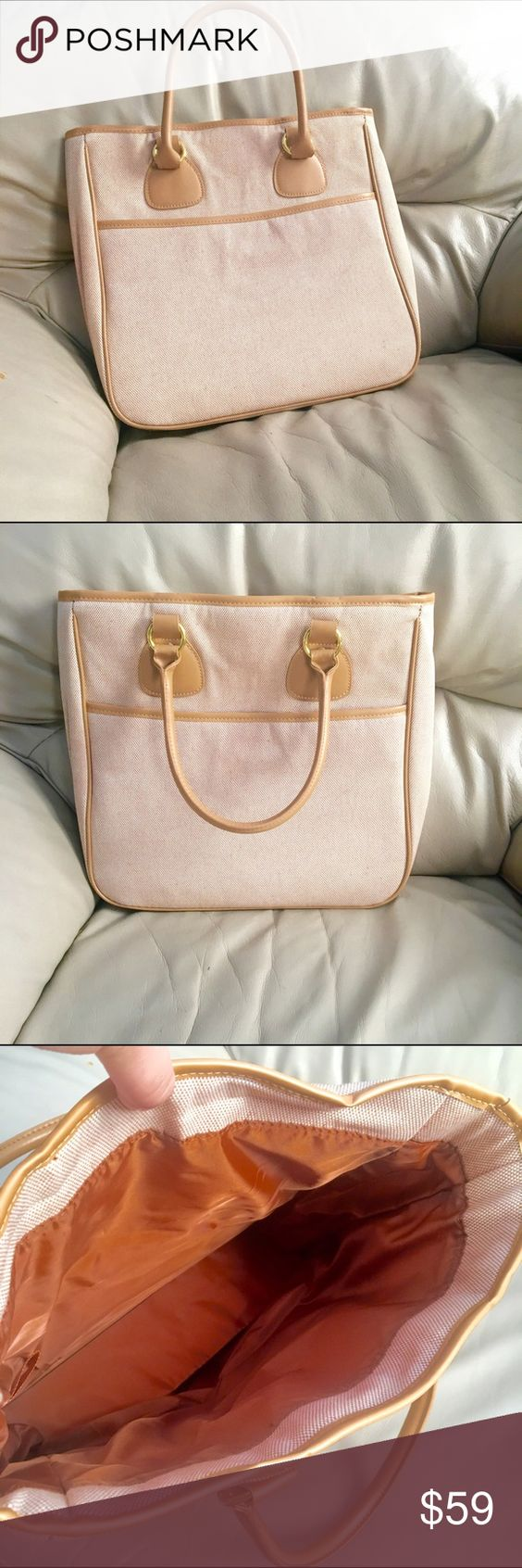 A pretty and tan shoulder purse 😊🎈🎉 It's big and easy to take around and I will lower price if you want just ask Bags Shoulder Bags