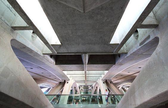 Olhares.com Fotografia | �Paulo Nogueira | Paralelismos  Gare do Oriente – Lisboa