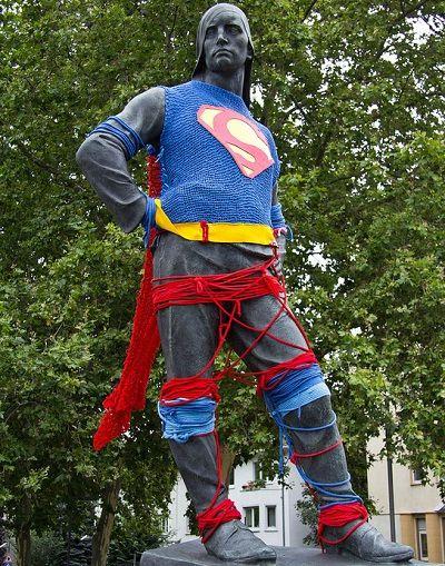 Fuente: http://knithacker.com/2013/01/31/i-am-i-am-i-am-superman/