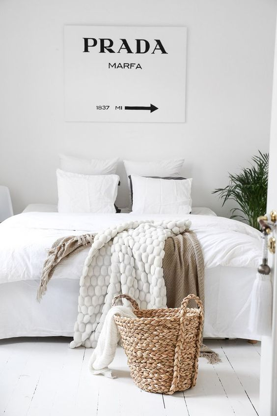 Une chambre blanche pour les fashion addict - White style bedroom for fashionista | #fashion #lover #bedroom: