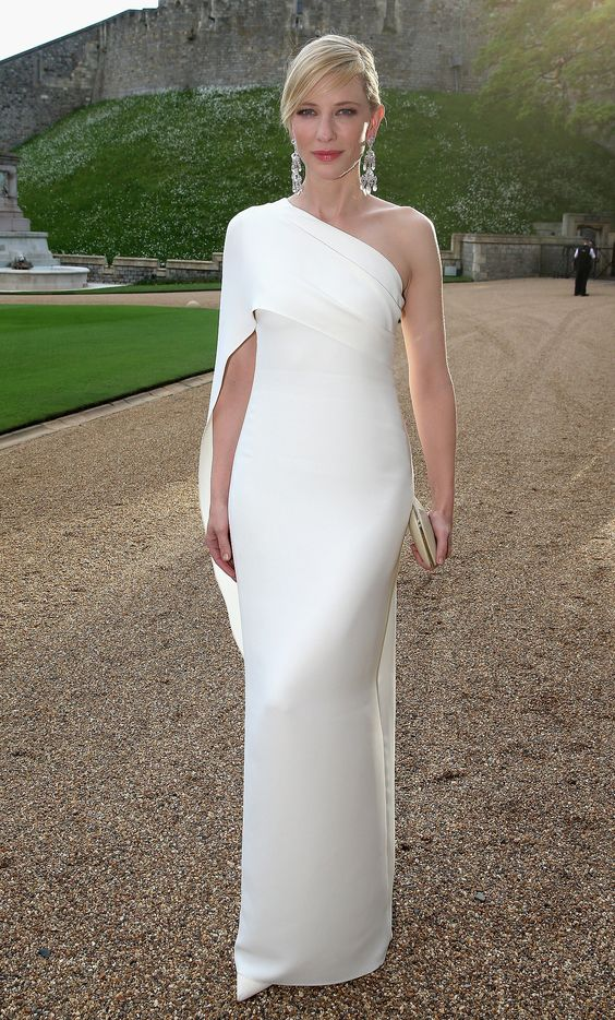 Cate Blanchett in Ralph Lauren Collection at the Royal Marsden Dinner at Windsor Castle. - what a babe!!