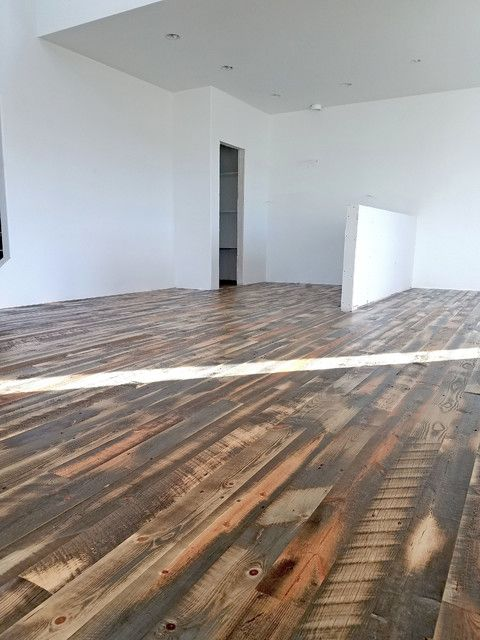 Reclaimed Wood Flooring From Recycled Wyoming Snow Fence Slats Buy Reclaimed Wood Flooring Wood Floors