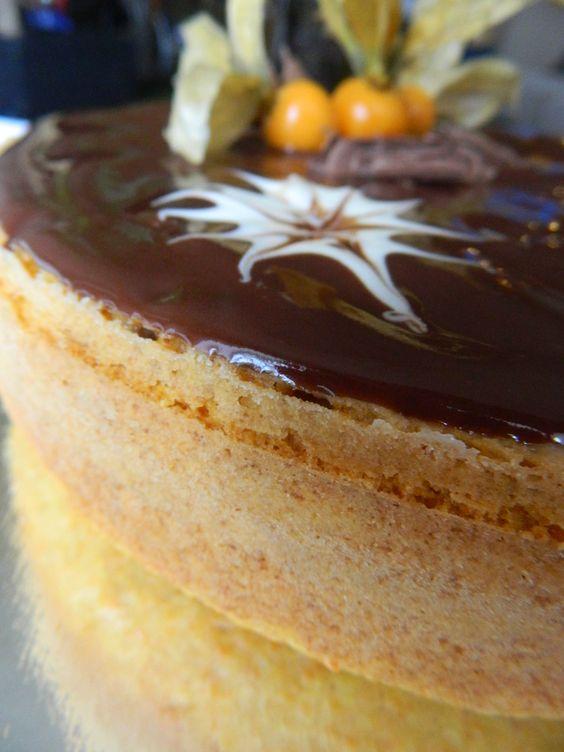 Brazilian Carrot Cake♥  Gâteau aux carottes faço brésilienne♥
