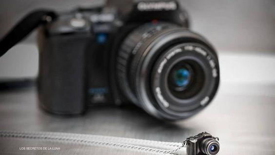 """""""La cámara fotográfica no podrá competir con el pincel y la paleta mientras no pueda utilizarse en el cielo y en el infierno.""""______  Edvard Munch"""