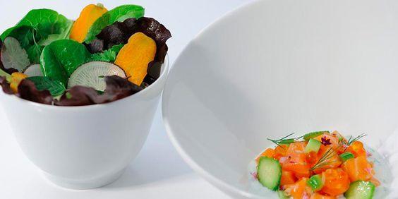 XPERience | Chroniques gastronomiques et expériences gourmandes, restaurant bistronomique BAT, le Bar À Tapas revu par Yariv Berreby.  Plat | Tartare de saumon accompagné d'une salade fraîche de saison