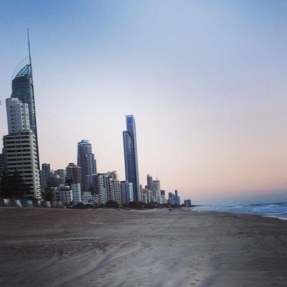 #surfersparadise #surfersparadisebeach #q1 #sunrise #beach by madddisontrew http://ift.tt/1PI0tin