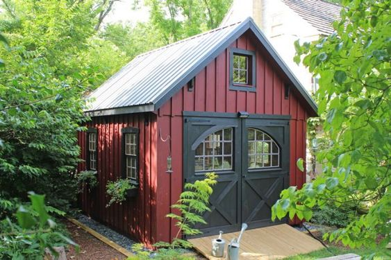 12'x14' Board & Batten New England Barn - Red siding | Black trim | Black metal roof