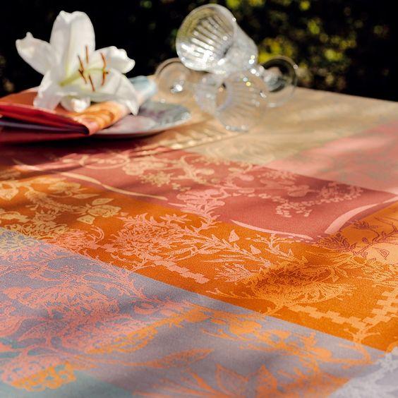 Serviette de table Garnier-Thiebaut - Modèle : Jardin extraordinaire - Serviette de table en coton - Coloris : bleu, orange et rose