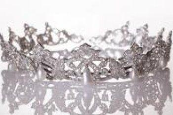 """Lancee en 2007, au Grimaldi Forum, l'exposition """"Les annees Grace Kelly"""" voyage depuis  travers le monde, avec un immense succes. Decouvrez l'hommage de Monaco a la plus glamour de ses princesses..."""