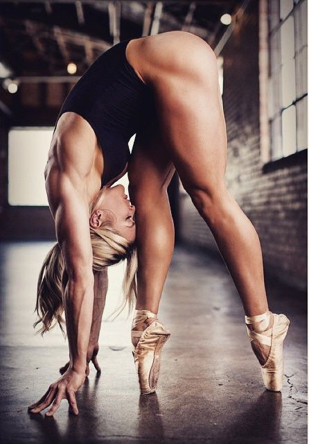 sporty girls and fitness girls…… attention only hot chics here. follow http://sporty-girls.tumblr.com for motivation and inspiration. see the hottest sporty girls and the way how they do it. lets get fit and enjoy the most sporty girls here together.: