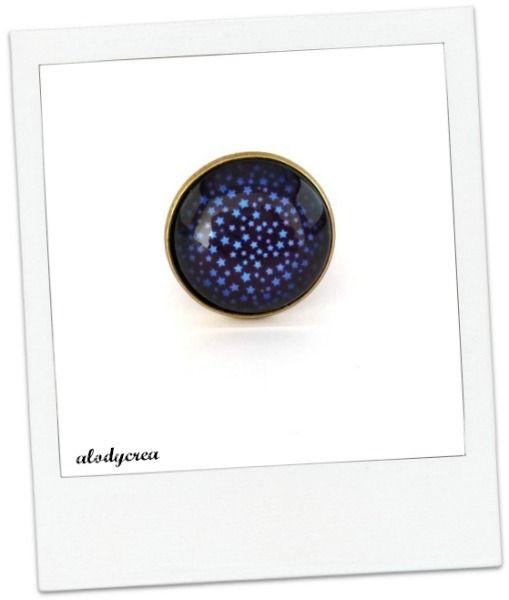 Bague - étoiles bleues - bronze - cabochon : Bague par alodycrea