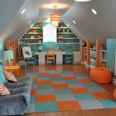 Bonus rooms big kids and attic playroom on pinterest - Amenagement d un grenier en chambre ...