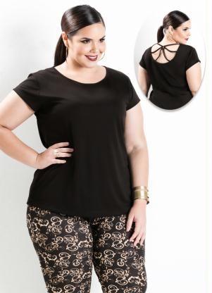 Blusa com Detalhe de Tiras (Preta) Plus Size