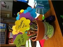 Birthday blooms!  The pot starts full at the beginning of the year, then each child is given their pencil on their birthday!  Other cute ideas on this blog!: Classroom Birthday, Birthday Flower, Flower Pot, Birthday Idea, Students Birthday, Birthday Poster, Birthday Pencil, Birthday Bloom, Student Birthday