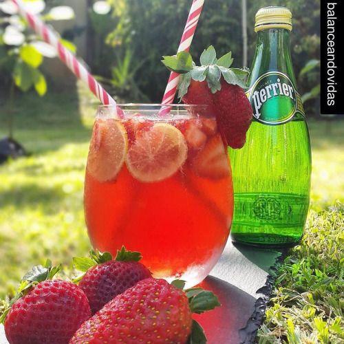 http://ift.tt/1kuogYY   Para el verano! ✨✨ #Repost @balanceandovidas with @repostapp. ・・・ Hola mi gente; ya se siente las brisas de verano; y ya culminando el 2015; aquí estoy entre cocinadera y cocinadera preparando regalitos y degustando todo. Me preparé esta bebida deliciosa y con mucho sabor, perfecta para este solazo. BEBIDA CLEAN. 8 oz de Kombucha sabor Hibiscus Bliss de @fantastickombucha . 1 botellita perrier. Pedacitos de fresas y rodajas de limón. Unas got..