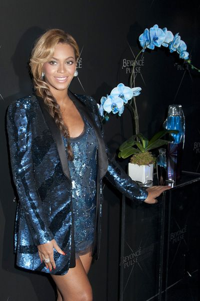 Pregnant Beyonce launches her Pulse fragrance
