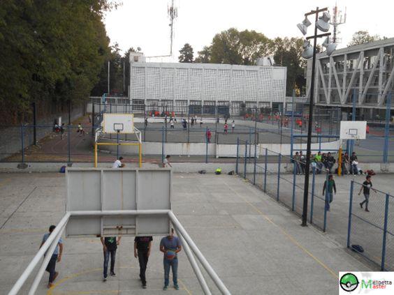 """""""Las canchas"""" Por: Efraín Mendoza Velázquez 25/11/15 Apertura de diafragma: f/4 Velocidad de obturación: 1/1000 seg. ISO:100"""