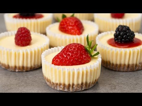 Inspired By Cheesecake Factory These Mini Cheesecakes Have Super Creamy Texture And Taste Mini Cheesecake Recipes Easy Mini Cheesecake Recipe Mini Cheesecakes