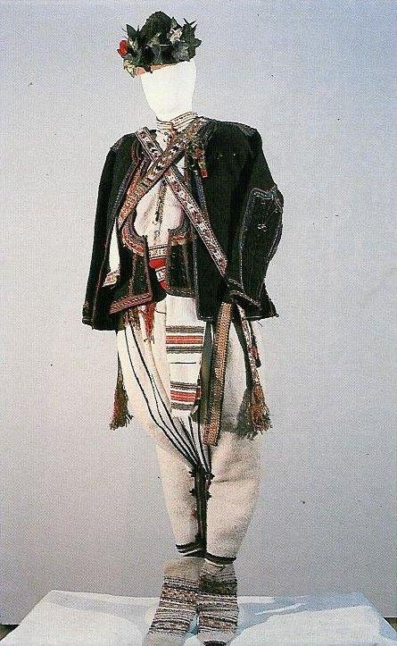 български мъжки костюми    традиционни български носии мъжки костюми: