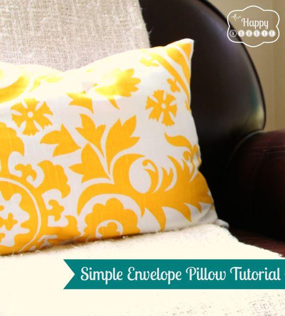 simple envelope pillow tutorial at thehappyhousie
