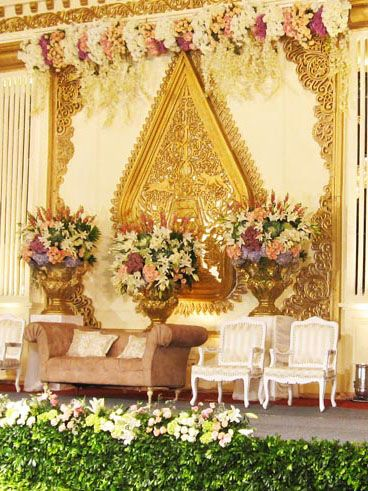 Backdrp flower decor pinterest javanese wedding and decoration junglespirit Image collections