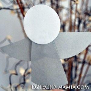 angel - ornament hanging on a Christmas tree, dziecio-mamia.com