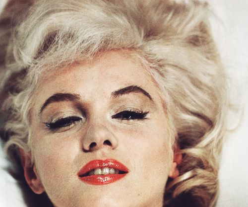 beauvelvet:  Marilyn Monroe photographed by Eve Arnold...
