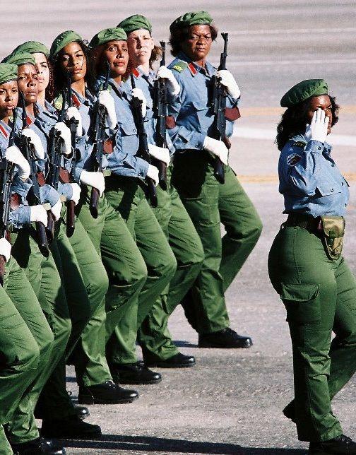 35486f7565dbfca2ada1185592e11d4f 20 Patriotic Pictures of Black Women in the Military