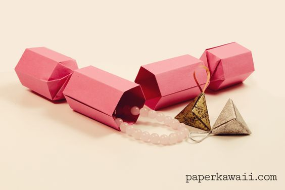 An awesome way to package christmas presents!