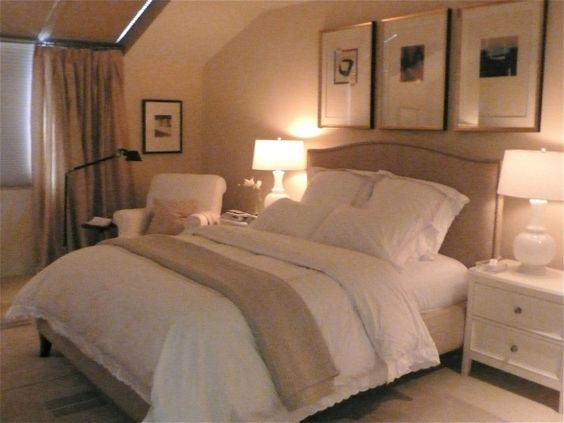 Peaceful guest room definitely what i would do if we for Peaceful master bedroom designs