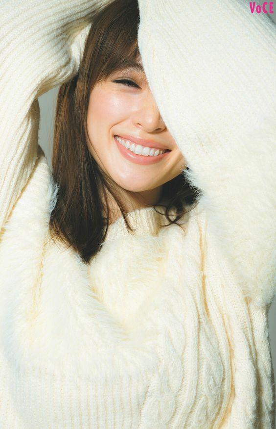 笑顔の泉里香さん