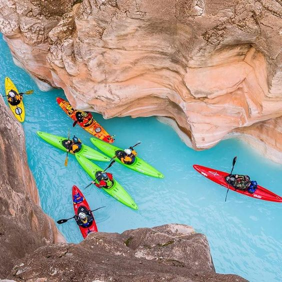 Hotels-live.com/cartes-virtuelles #MGWV #F4F #RT Havasu Creek Coconino County Arizona U.S. | Photography by  Jesse Weber (@unwearytraveler) #EarthOfficial by earthofficial https://www.instagram.com/p/BC8GuI8t0Zh/