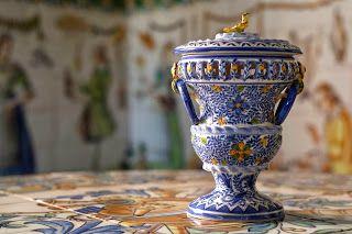 Albahaquera producida por La Cerámica Valencian de José Gimeno http://www.lcvgimeno.es/:
