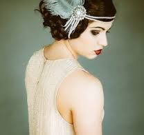 Resultado de imágenes de Google para http://3d-memoirs.com/wp-content/uploads/2013/05/Great-Gatsby-Vintage-Inspired-Bridal-Hairpiece-261x246.jpg