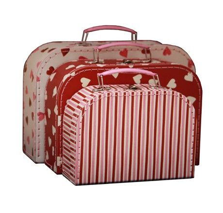 These set of three hearts and stripes cases/storage boxes will make a lovely addition to your home or an ideal gift.