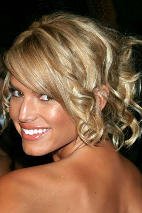 hochsteckfrisuren langes blondes haar