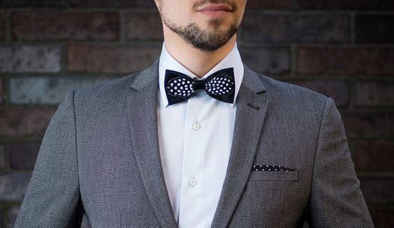 #bowtie #joker #goletzbowties #ss17 #black #white #cotton #leather #black #dots #cow #feathers #guineafowl #shimmering #shine #colors #luminescent #beauty #menswear #mensstyle #mensfashion #womenswear #womensstyle #womensfashion #luxury #style #fashion #fashionblogger_de #accessory #musthave #christmasgift #madeingermany #handcrafted #birthdaygift #wedding #groom #groomsmen #berlin #gentleman #fashiondesign #modern #topseller #startup #timeless #elegant #grace