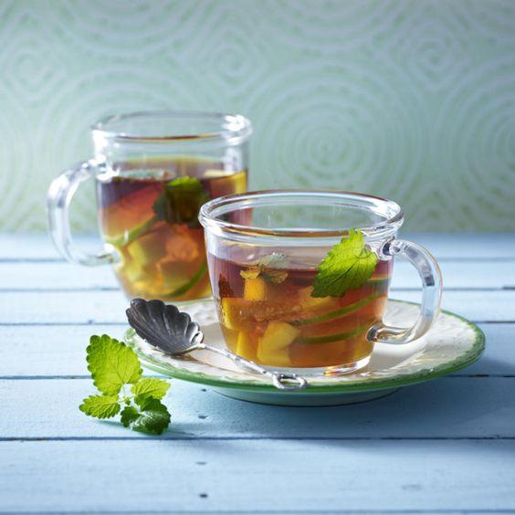 Unser beliebtes Rezept für Rooibos-Tee mit Mango, Rum und Limettenscheiben und mehr als 55.000 weitere kostenlose Rezepte auf LECKER.de.