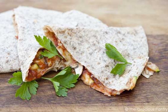 Clean Eating Pizzadillas. The perfect quick and easy meal that everyone will love, each and every time you make it.