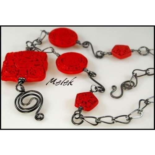 Links, plus s-links between bead links. Dangle off of pendant.