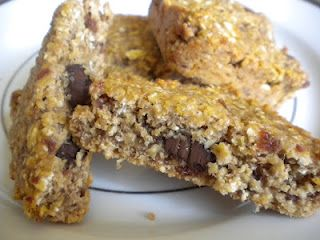 Treats With a Twist: Allergy-Free Chocolate-Filled Oatmeal Cookie Squares