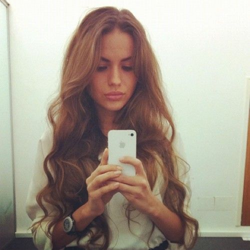 obsessed with her hair, omg.