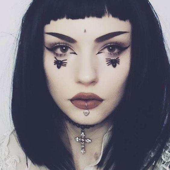 My face looks like a big potato ▫face: @katvondbeauty Lock-it hydrating primer, Lock-it foundation L42, Lock-it concealer creme L1 and Lock-it Setting powder ▫lips: @jeffreestarcosmetics velour liquid lipstick in Leo ▫eyes: @katvondbeauty Medusa from Serpentina palette @essence_cosmetics Liquid ink eyeliner ▫brows: @wibopl Smoky Black from Neutral eyeshadow palette . . . #eyemakeup #makeup #eyeshadow #eyelashes #piercing #goth #kvdlook #kvdbeauty #grungegirl #alternativegirl #altgirl #grunge ...