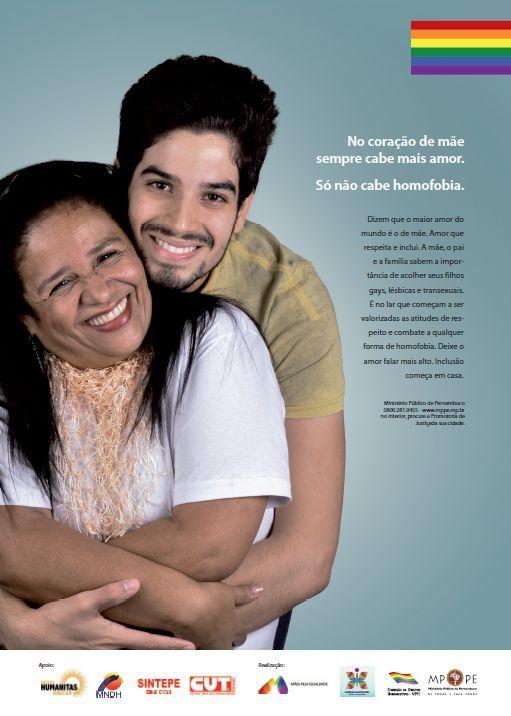 Contra homofobia cometida por mães, campanha pede respeito a LGBT  .