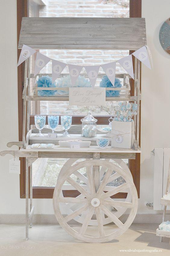 carro mesa de chuches azul niño: