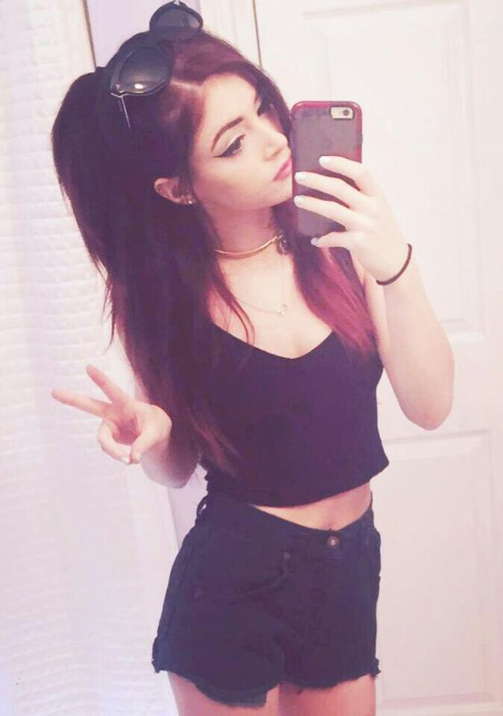 Re-coloured Chrissy Costanza