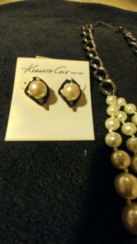 kenneth cole earrings nacklace and braclet set https://t.co/4soT8kwZ9U https://t.co/GdWNxWRjk7