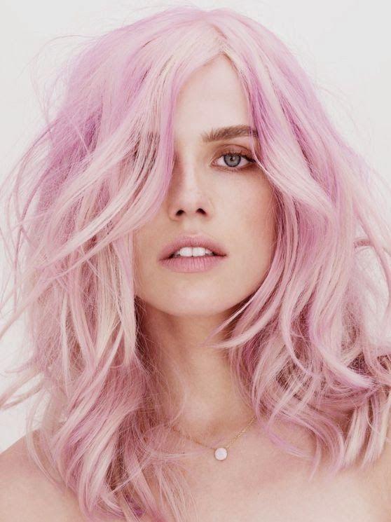 A onda dos cabelos coloridos