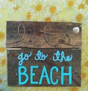 Adorable beach sign!