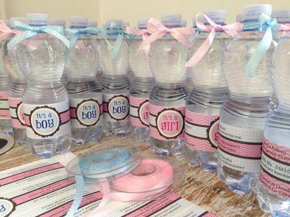 Etichette per bottiglie di acqua per un Baby Shower speciale